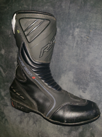 RST motorcycle boots UK 9