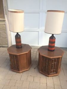 Vintage End tables and lamps