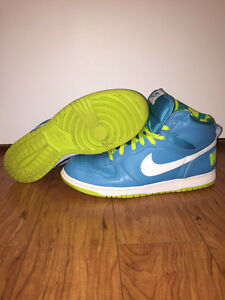 NIKE High Top Dunks