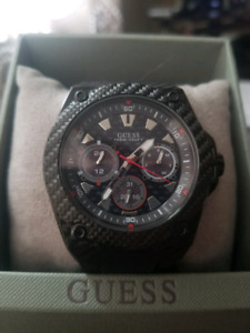New guess mens black carbon watch