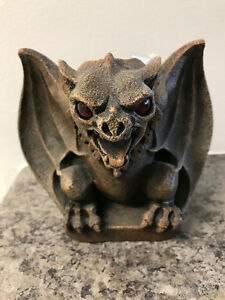 Halloween -Windstone Editions Vampire Bat Gargoyle Candle Holder