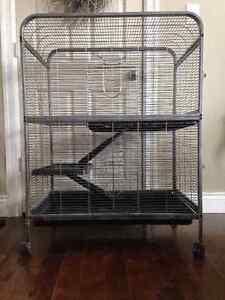 pet cage Cornwall Ontario image 1