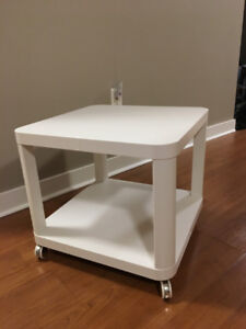 White Side/Coffee Table on Casters (Ikea: TINGBY)
