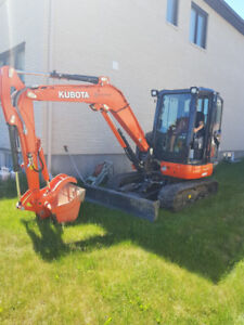 Compact 4.2 tonne Excavator and Operator available for rent