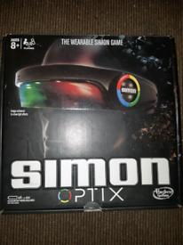 Hasbro - Simon Optix - The Wearable Simon game