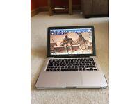 MacBook Pro -13.3 ins