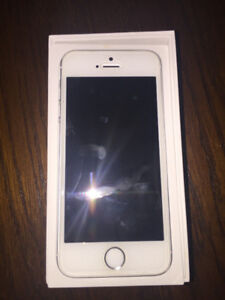 iPhone 5S (Mint Condition)