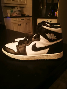 2014 Jordan 1 black and white OG size 11