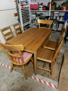 6 chairs and dining table and hang lamp over table for 60