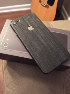 Iphone 8 Space Grey (Mint Condition)