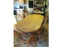 Solid Pine Dining Table(w/ 6 chairs)