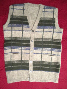 Handknit 100% Sheep's Wool Mens Sweaters and Cardigans