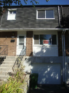 Bright Townhouse for Rent in Pierrefonds