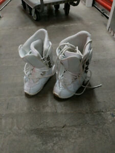 LTD Snowboarding Boots Woman Size 7