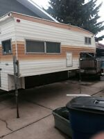 9 1/2 ft Vanguard camper