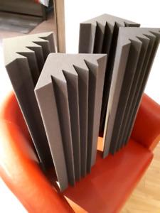4 bass trap NEUF + 20 panneaux acoustiques NEUF
