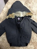 Selling Canada goose chilliwack 2XS Grey Excellent Condtion!