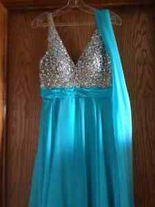 Brand New With Tags Grad/Prom/Formal Dress size 8 Strathcona County Edmonton Area image 3