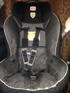 Britax  Marathon 65 Car Seat Great condition Sparingly attached