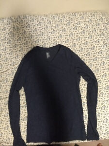 H&M medium long sleeve shirt