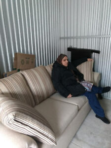 Sofas with Cushion