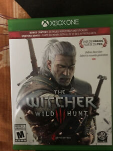 SELLING WITCHER 3 WILD HUNT XBOX ONE (USED ONCE)