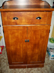 SAUDER BRAND CUPBOARD WITH PULL OUT TABLE, INTERIOR SHELVES ETC