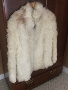 Gorgeous Vintage Sheeps wool Jacket