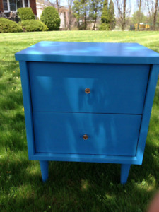 Chalk Painted End Table/Night Stand