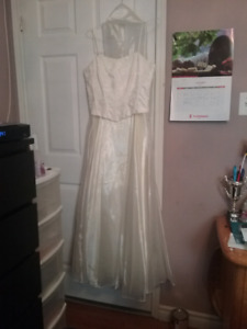 Pearl white wedding Dress Size Large / Medium