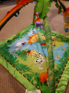 Jungle themed baby play mat