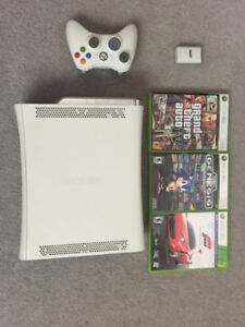 Xbox 360 + 3 games and wireless controller