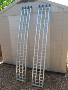 Arched Aluminum Loading Ramps
