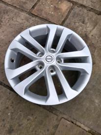 Nissan Juke Silver Sport Alloy Wheel 17 Genuine Part