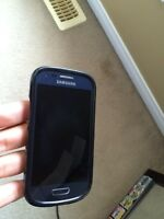Samsung Galaxy s3 mini (with 2 cases) FOR VERY GOOD PRICE!