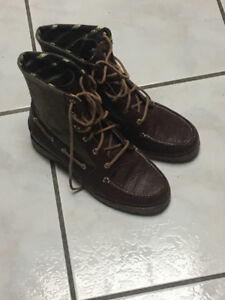 Winter Boots Ladies Size 6.5 New