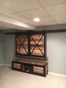 CUSTOM RUSTIC PALLET FURNITURE