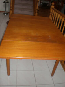 Teak Buy Or Sell Dining Table Sets In Calgary Kijiji Classifieds