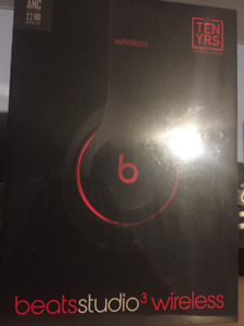 Beats by Dr Dre Studio 3 noise Cancelling Headphones