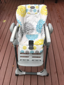 Chaise haute pour bebe / Convertible high chair for infant
