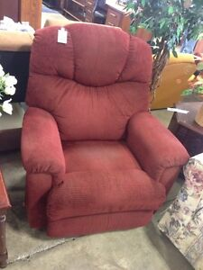 Lazyboy recliner. Campbell River ReStore