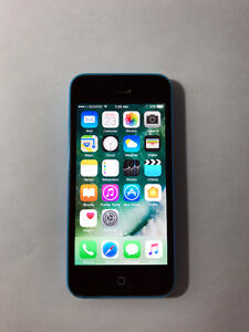 ROGERS Blue 8GB iPhone 5C (A- Condition)