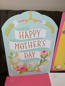 Card Giant Size For Lovely Mothers Day W/ Envelope-Hallmark-NEW