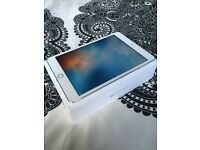 IPad mini 3rd gen with Retina display and finger touch ID