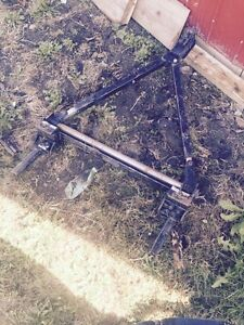 Self pivoting tow bar $200