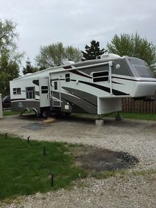 2006 Jayco Designer RLTS Fifth Wheel  38 Ft