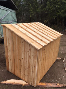 Cedar garbage box
