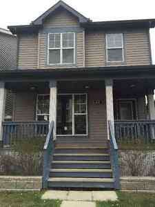Rooms For Rent! New House by Shopping Centre! Hardwood & AC!