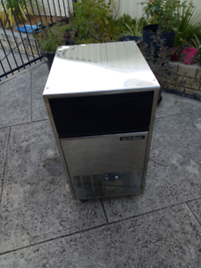Ice cube machine for sale.