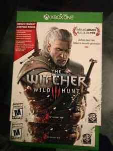 Witcher 3 (xbox one) & Controller charging kit